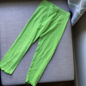 3/15 Green leggings with white dots size 4t